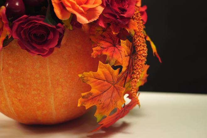 Kwiatowa dynia na święto Halloween